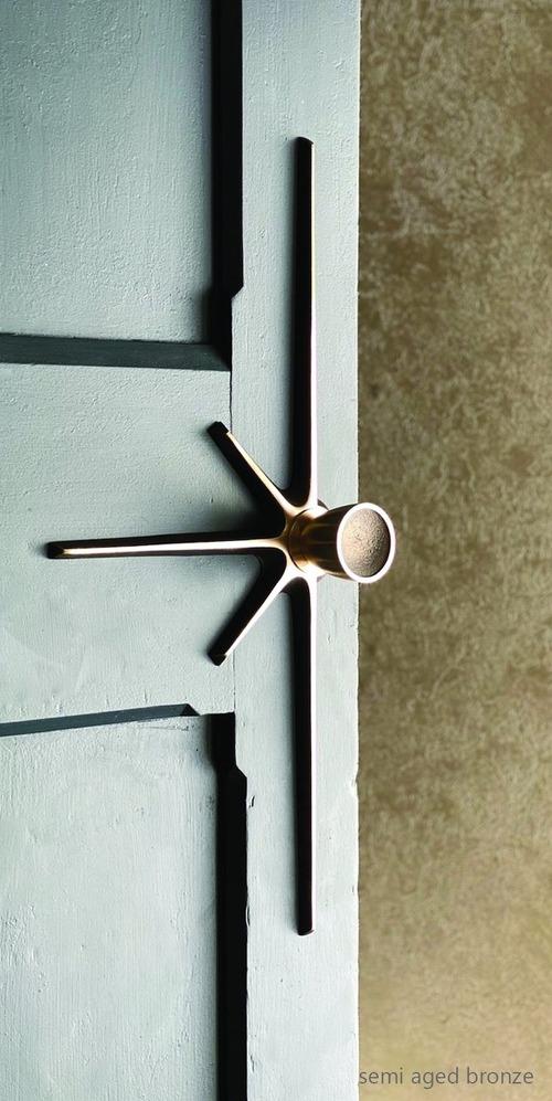 Starburst 550 (door pull)_1
