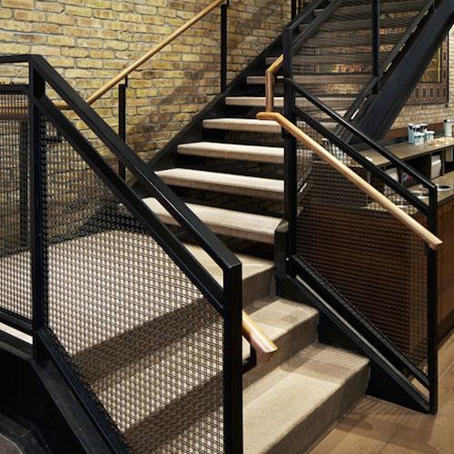 2_starbucks_stairs_oak_amp_rush_chicago_1387403907