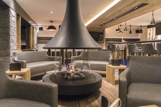 eva 992_Hotel des Alpes_2