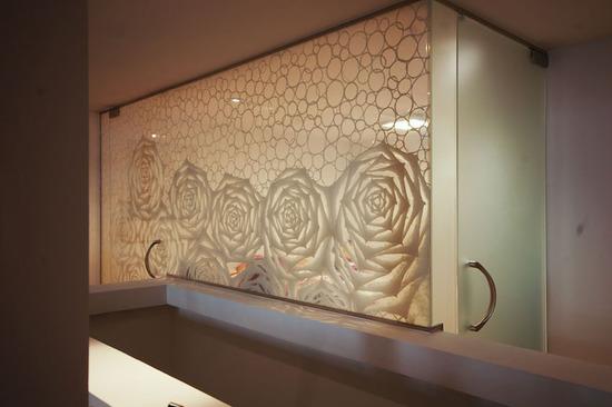 Custom Washi Laminated Glass Walk-in Closet_3