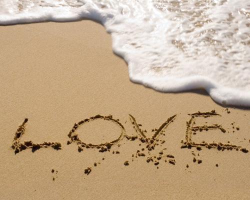 1359633760_Love1