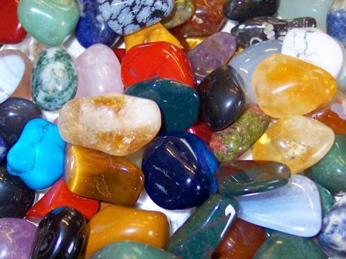 1369992680_healing-stones