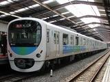 2008.4.26-西武30000系営業運転開始-運行初列車西武新宿1番線停車中