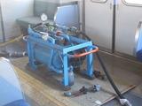 2011.1.26-31*01F転属回送-各車床上に搭載した自動空気ブレーキ用の空気だめ(読換装置)