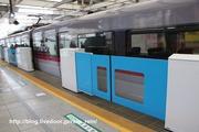 2020.3.11-西武新宿駅ホームドア,大開口部特急7両時
