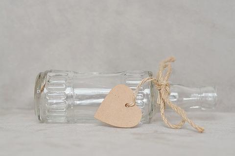 bottle-1282705_640