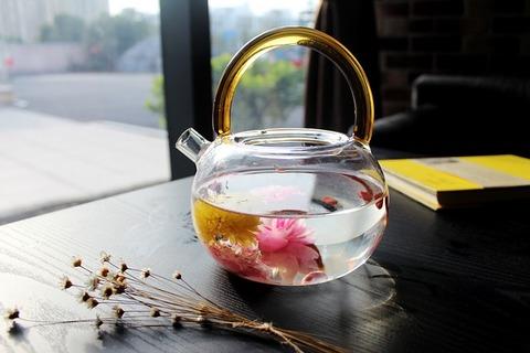 tea-rose-corolla-1871837_640