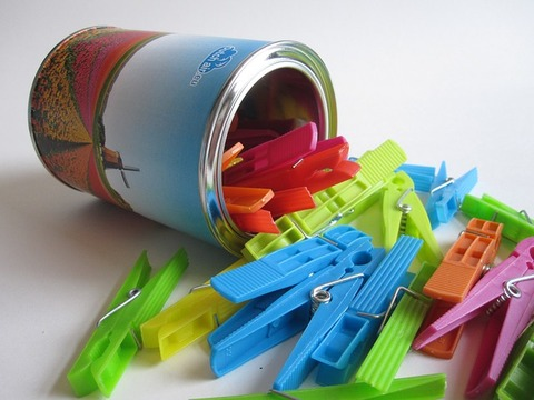 clothes-pegs-780657_640