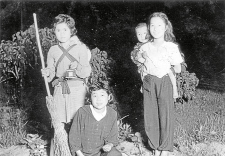 蛍狩り・1951年(大塚澄子)