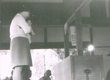 根岸観音19701020-4web