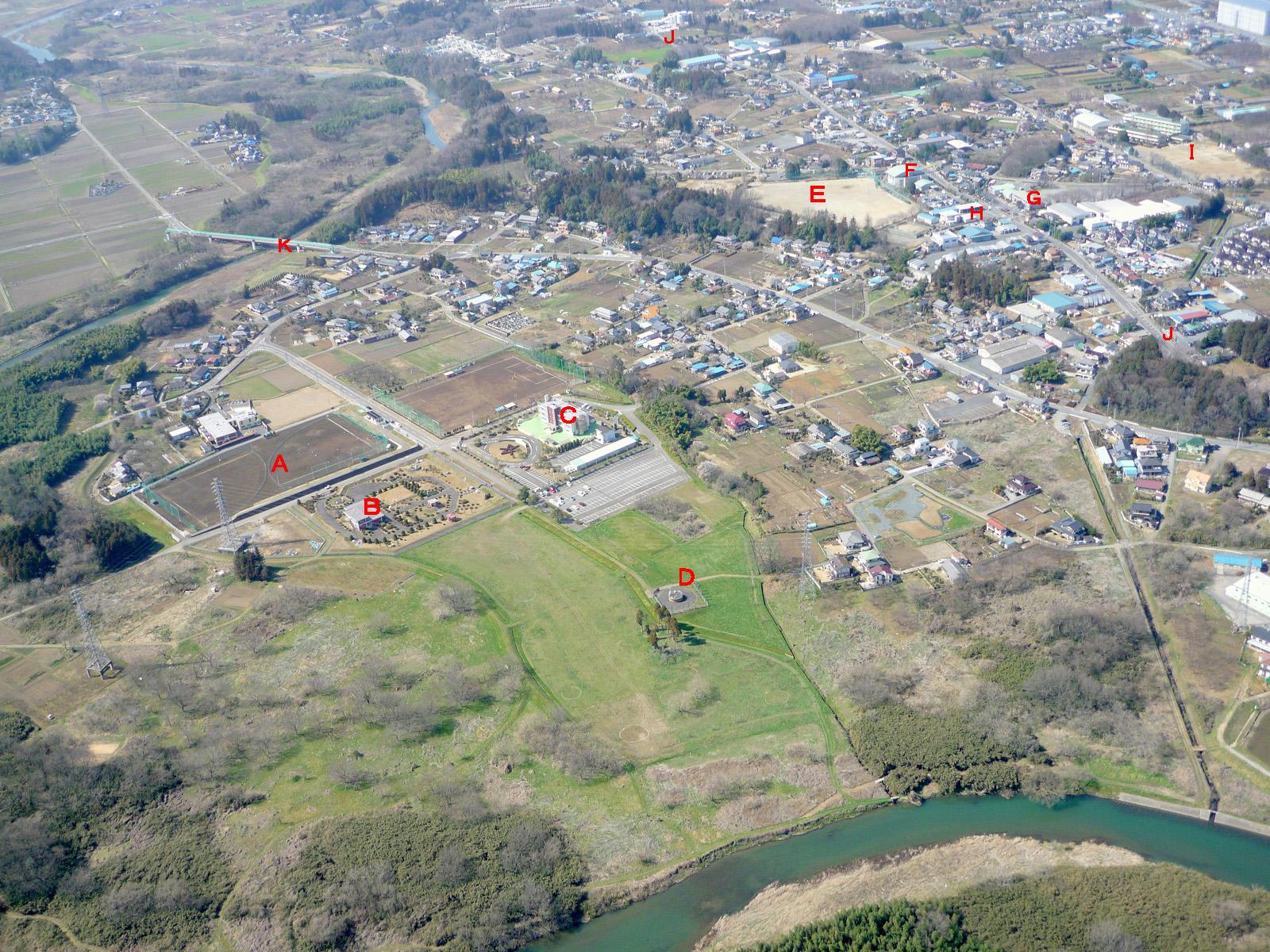 GO! GO! 嵐山 3 : 空から見た東松山市 63 駒形公園、水道庁舎 2010年3月
