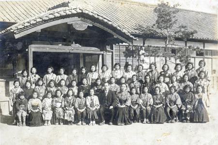 七小1946年3月初等科卒業記念