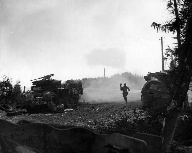 【歴史】ヒトラー最後の賭け「バルジの戦い」 生存兵が語る地上の激戦