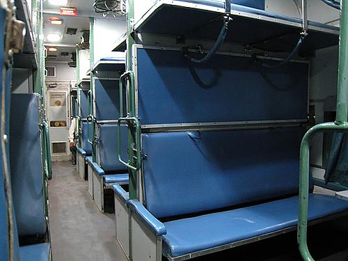 夜行列車(ジョードプル〜ジャイサルメール)
