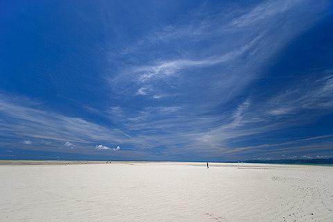 0721-126 砂ばかりのコンドイビーチ