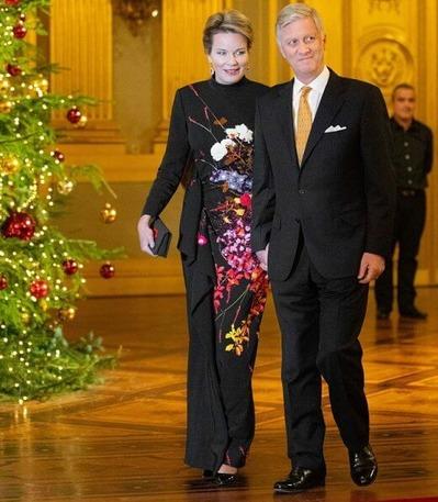 queen-mathilde-in-dries-van -noten-floral-gown-5