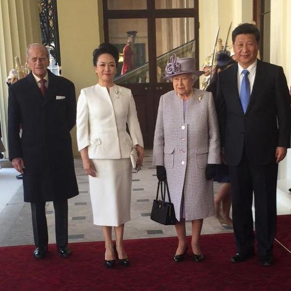 【英国】中国一行は「とても非礼」 エリザベス女王が本音ポロリ©2ch.net YouTube動画>4本 ->画像>50枚