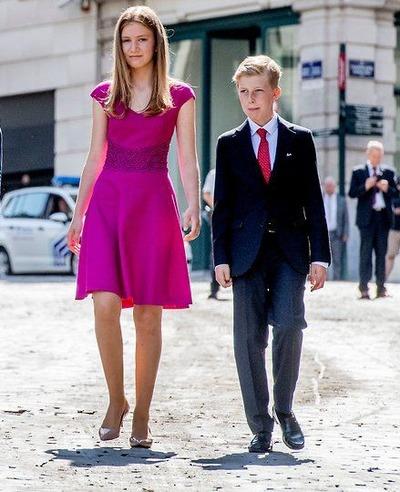Royal-Family-3