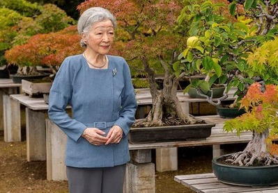 Empress-Michiko-1