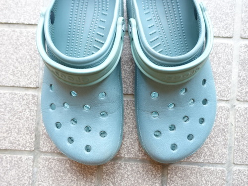 ������ crocs
