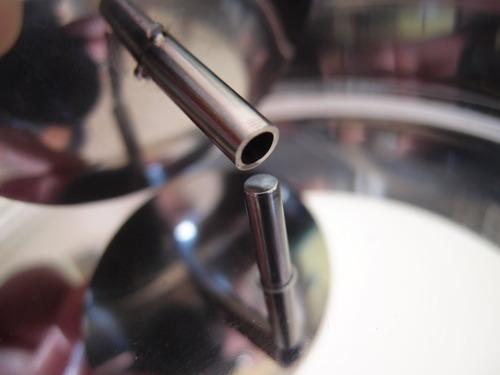 スリムシティ灰皿 細い棒状の台