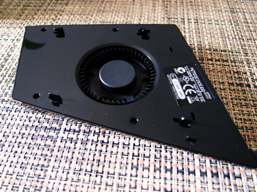 INTERCOOLER STS for Xbox 360 裏側