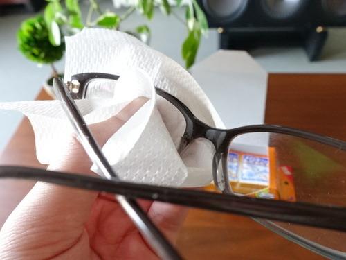 メガネクリーナーふきふき