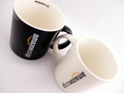 Amazonオリジナル マグカップ 中のロゴは1箇所