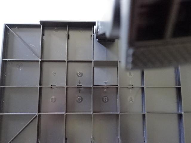 pcモニタの上に棚を作る ディスプレイボード の紹介 鳥取の社長日記