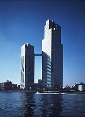 【画像】聖路加タワー