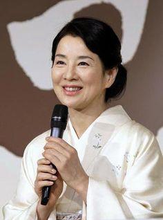 266074cde1e509a677f25a45d692ef4b--kimono-japan