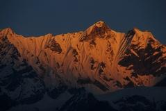 パンゲン・ドゥプク峰 5830m