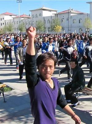 アムド、チャプチャの学生デモ