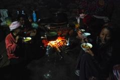 キャンジンゴンパの夕の集い