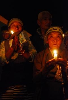 25.4.09 パンチェン・ラマ 20歳のお誕生日に解放を願って