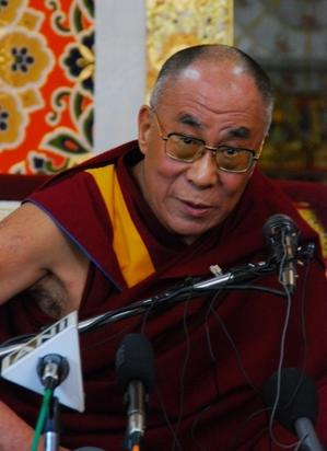 10.3.09 Dharamsala 法王の記者会見 10
