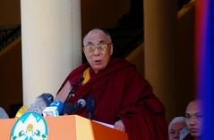10.3.09 Dharamsala 法王の声明発表
