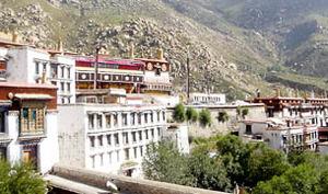 Drepung_monastery-305