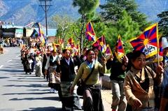 12.3.2010 ダラムサラ、チベット女性蜂起記念日のデモ