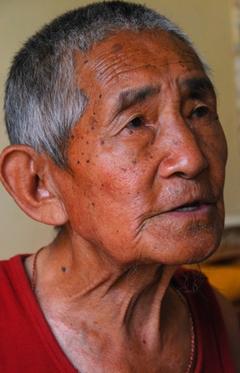 僧トゥプテン・ツェリン83歳