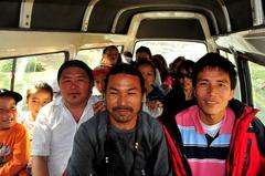 タシ・ペルケル・キャンプの人々