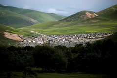 カム強制遊牧民移住村 写真・野田雅也