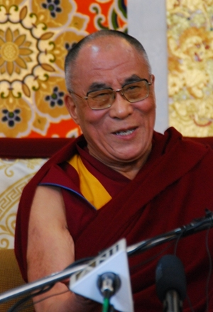 10.3.09 Dharamsala 法王の記者会見  12