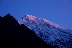 ランタン・リルン(ゲネン・レール)峰7245m南西面