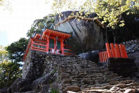 170811_み熊野の神くら山の石たゝみ.jpg