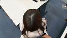 美月リアの髪の分け目2