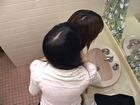 OL・椎名りくの髪の分け目2