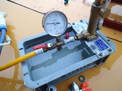 圧力をかけて、水漏れチェック!1