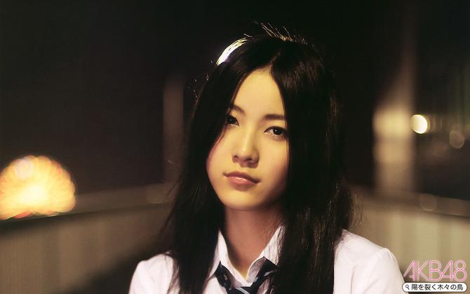 AKB48_201008