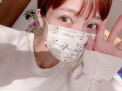 辻希美、手作りマスクを公開するも「手作りの品を買った?」と疑念の声